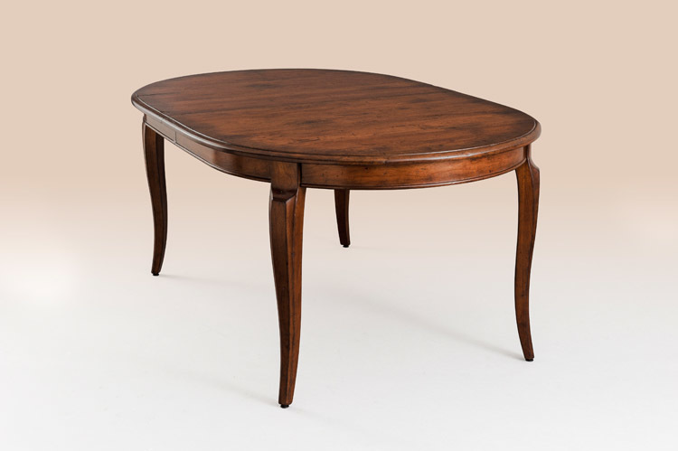 Country Manor Oval Dining Table Image
