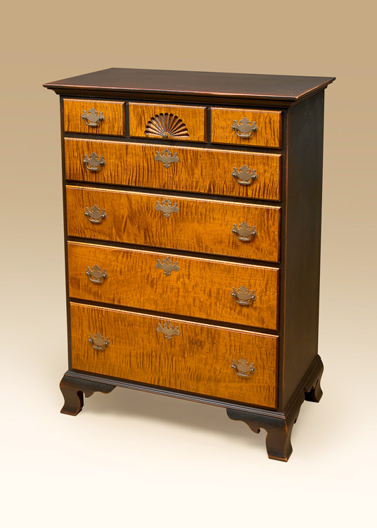 Historical Amesbury 5 Drawer Chest Image