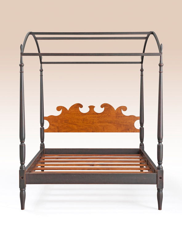 Historical Crompton Arched Canopy Bed Image