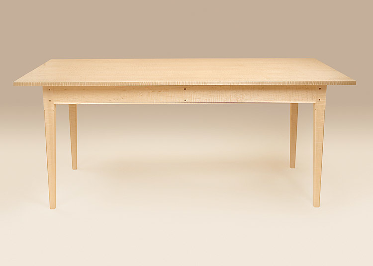 Incroyable Tiger Maple Wood Shaker Table   Natural Finish Image