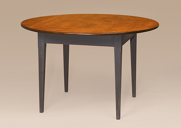 Round Massachusetts Shaker Table Image