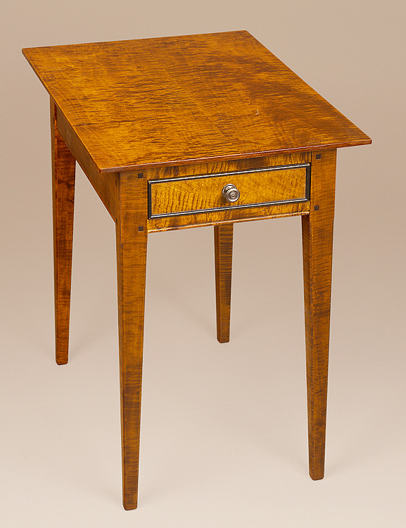 Gettysburg End Table   Tiger Maple Wood Image