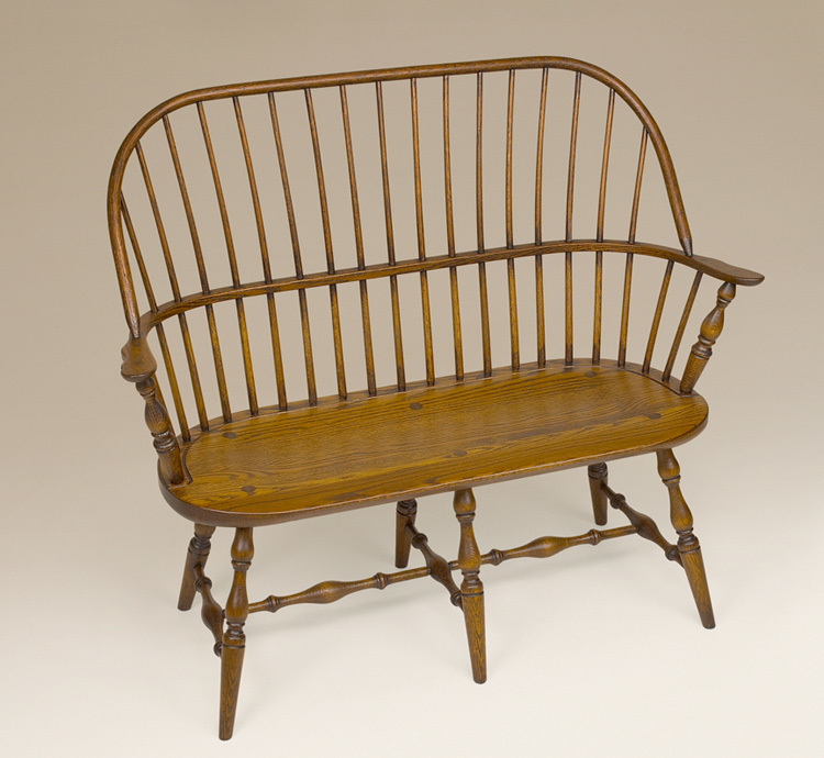 Oak Sack-Back Windsor Settee Image