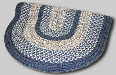 Town Crier Braided Rug - Blue - Number 97 Image