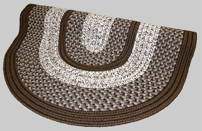 Town Crier Braided Rug - Brown - Number 99 Image