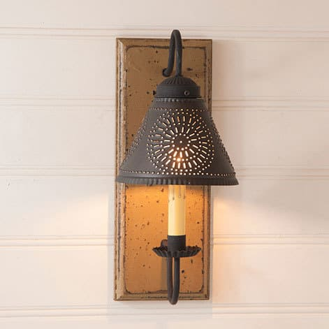 Crestwood Sconce in Americana Pearwood Image