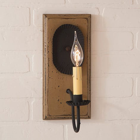 Wilcrest Sconce in Americana Pearwood Image