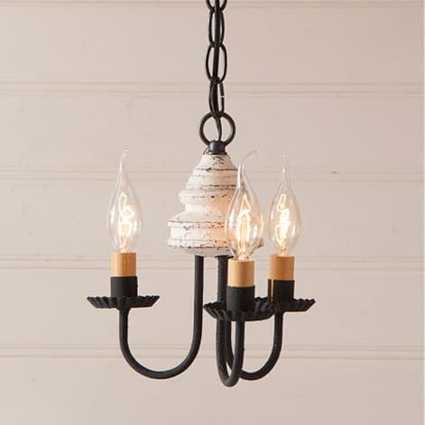 Bellview Wooden Chandelier in Americana Vintage White Image