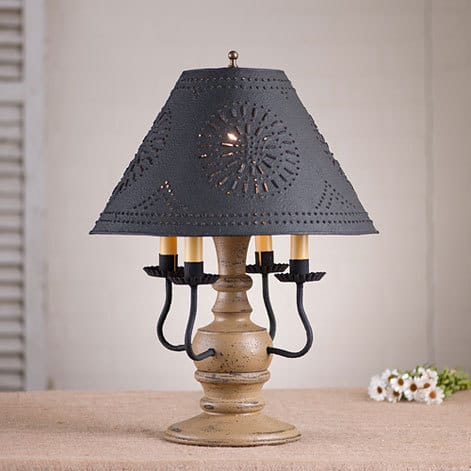 Cedar Creek Lamp in Americana Pearwood Image