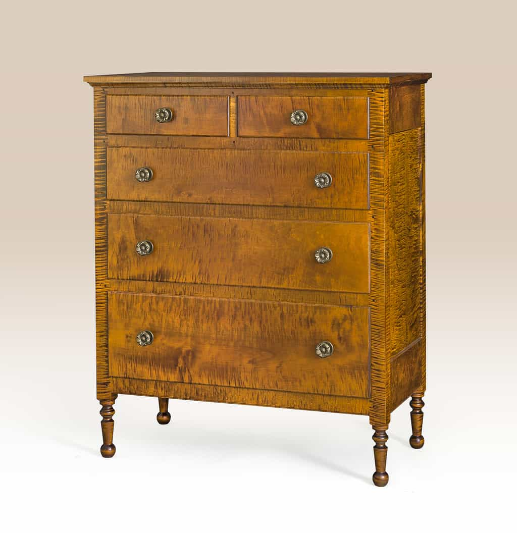 Lancaster Chest of Drawers Image