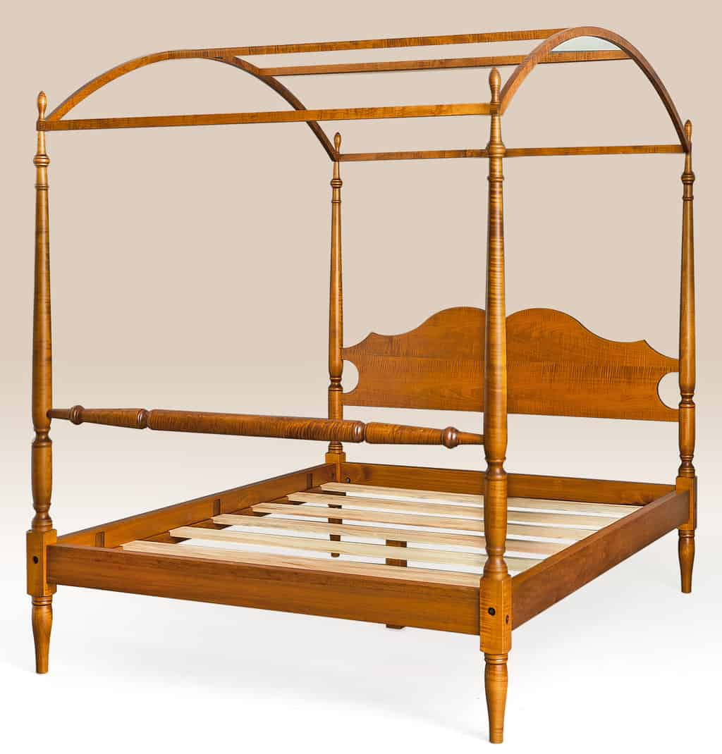 Historical North Carolina Arched Canopy Bed Image