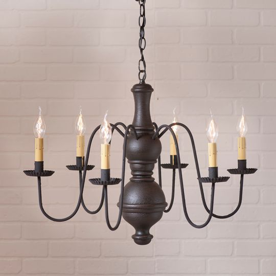 Large Chesterfield Chandelier in Americana Black Image